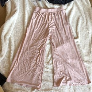 NWT PINK FLOWY PANTS!!